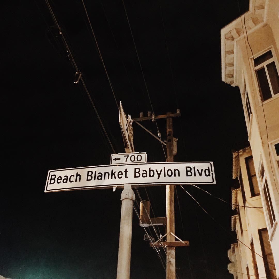 Beach Blanket Babylon Venue Hire: Club Fugazi, San Francisco: Tickets, Schedule, Seating