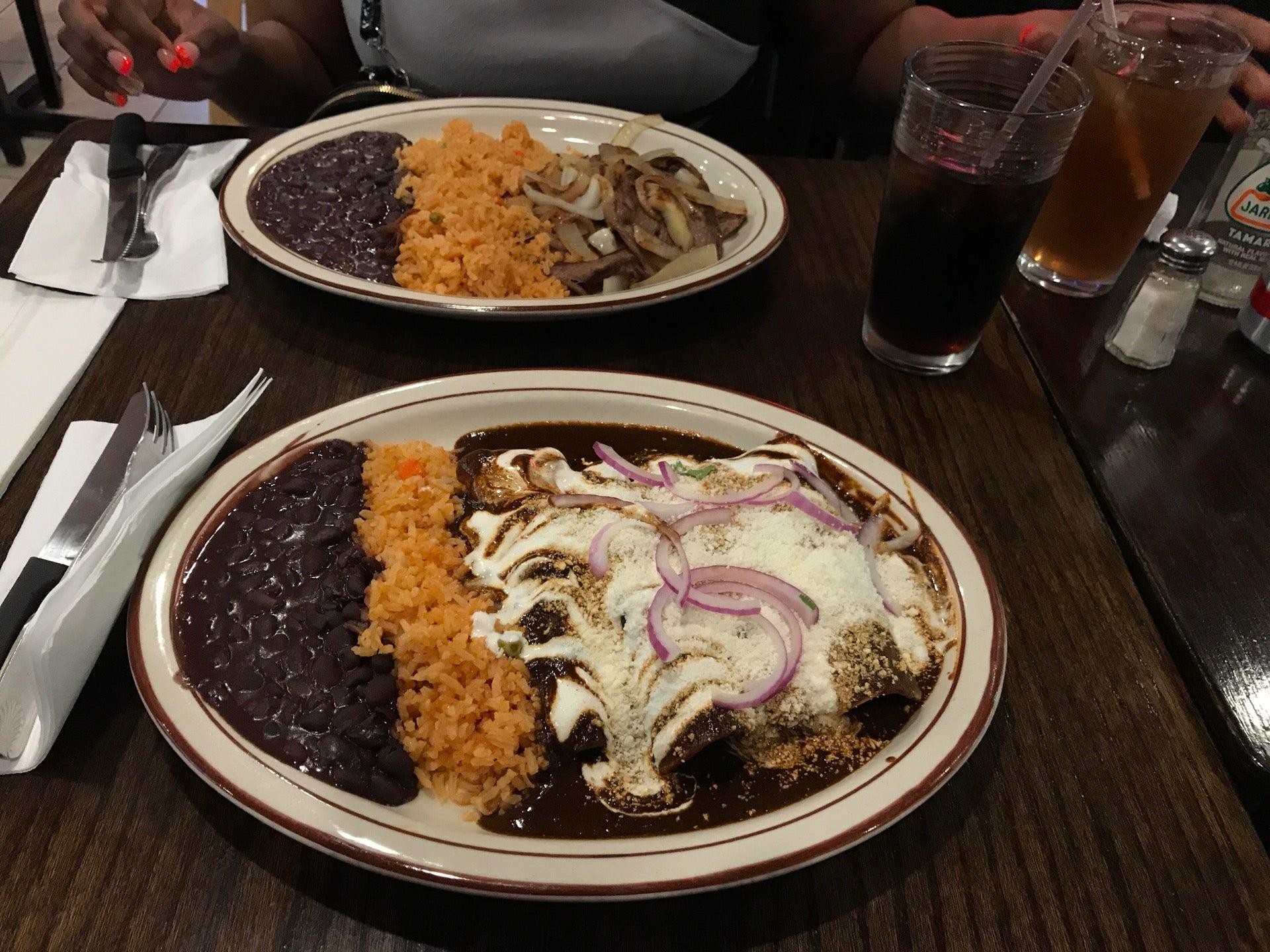 Pipo's Restaurant,