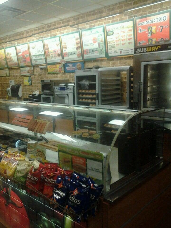 SUBWAY SANDWICHES,beverages,breakfast,salads,sandwiches,subs