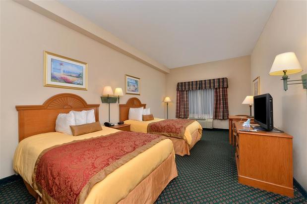Americas Best Value Inn & Suites,