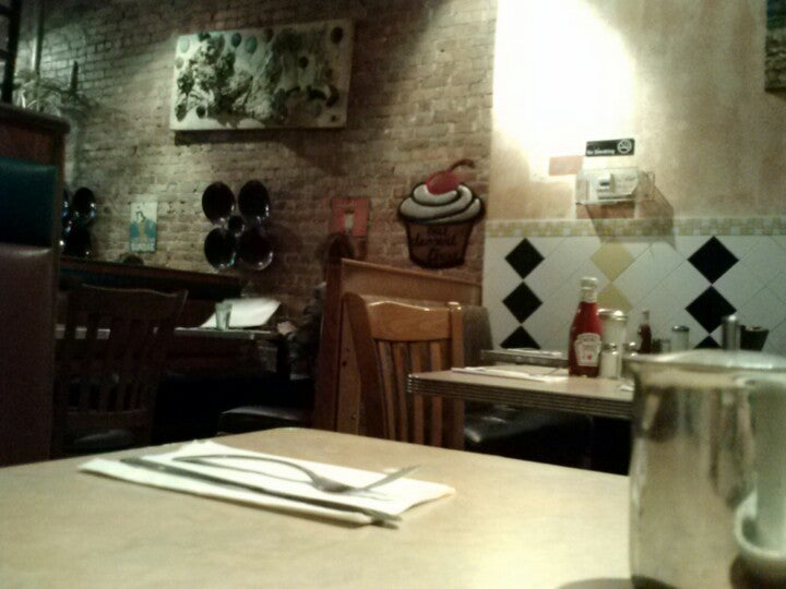 Daisy's Diner in Brooklyn - Parent Reviews on Winnie