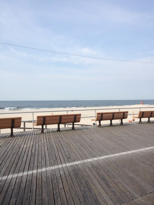 On The Boardwalk At New York Avenue New York Tickets