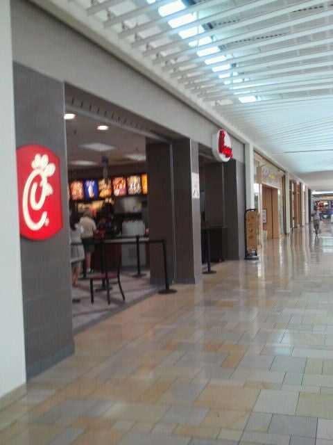 Super Chick Fil A Plymouth Meeting Mall In Plymouth Meeting Home Interior And Landscaping Oversignezvosmurscom
