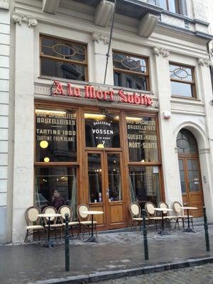 A la mort subite, Brüssel - Bars, Clubs und Events weltweit - Banananights
