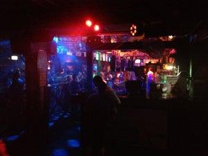 Down Under Bar, Brisbane - Bars, Clubs und Events weltweit - Banananights