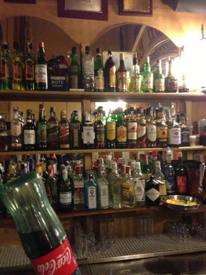London Bar, Barcelona - Bars, Clubs und Events weltweit - Banananights