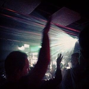 Rote Sonne, München - Bars, Clubs und Events weltweit - Banananights