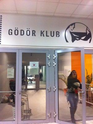 Gödör Klub, Budapest - Bars, Clubs und Events weltweit - Banananights
