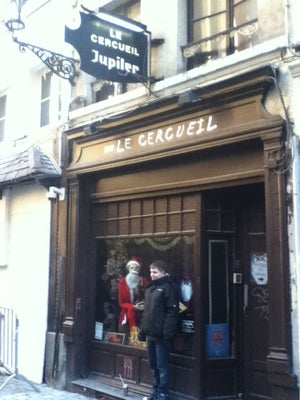 Le Cerceuil, Brüssel - Bars, Clubs und Events weltweit - Banananights