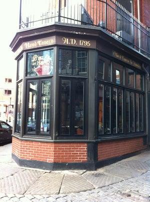 Bell In Hand Tavern, Boston - Bars, Clubs und Events weltweit - Banananights
