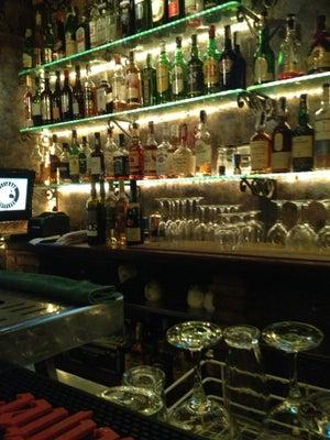 Pitin Bar, Barcelona - Bars, Clubs und Events weltweit - Banananights