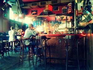 Chapeau Rouge, Prag - Bars, Clubs und Events weltweit - Banananights