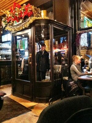 Le Cirio, Brüssel - Bars, Clubs und Events weltweit - Banananights