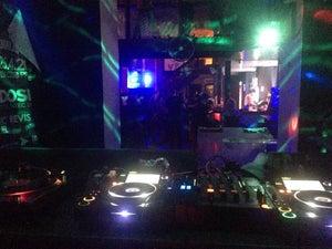 Yes! Club, Prag - Bars, Clubs und Events weltweit - Banananights