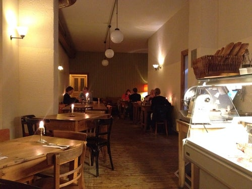 herr rossi restaurant in berlin deutschland reisef hrer tripwolf. Black Bedroom Furniture Sets. Home Design Ideas
