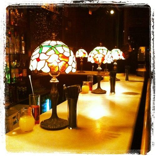 Las nimas bar in valencia spanien reisef hrer tripwolf for Animas room valencia