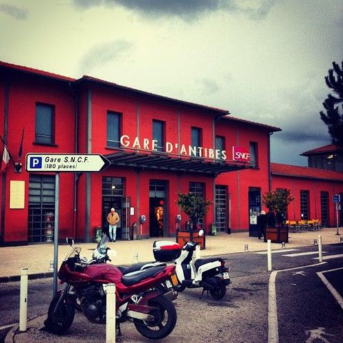 Gare d'Antibes