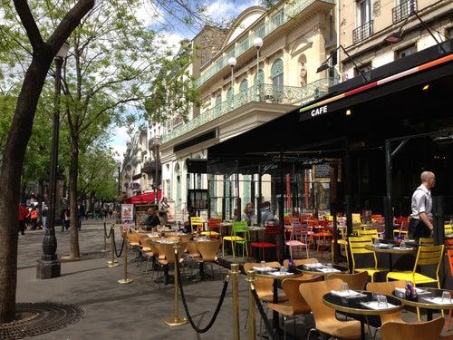 De la Ville Café