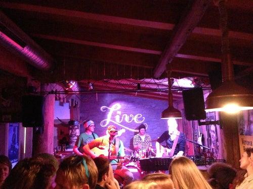 LiveStage_3