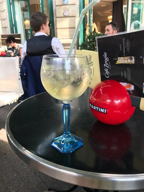 Café Broglie_24