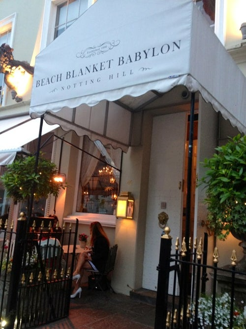 Beach Blanket Babylon_24