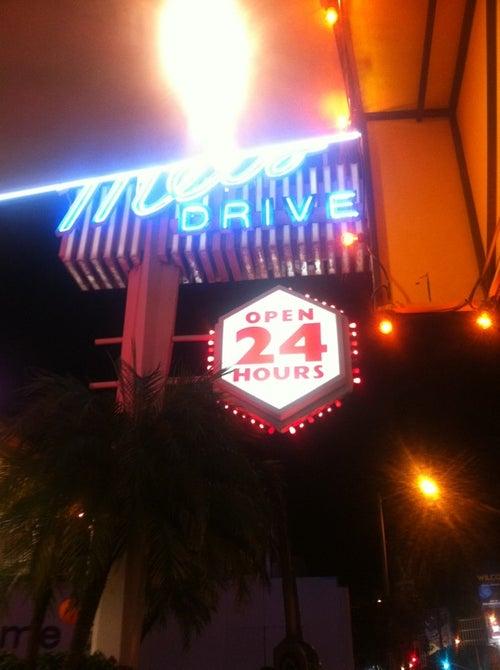 Mel's Drive-In_24