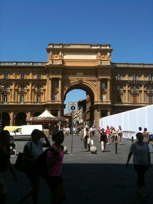 Piazza della Repubblica, Florence_24
