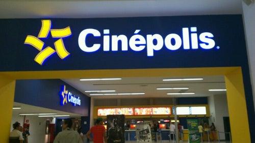 Cinepolis Lago Real