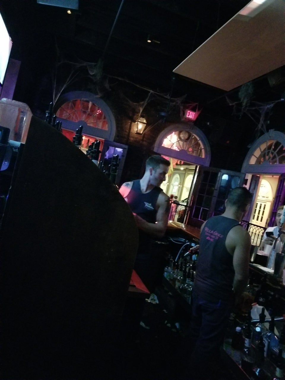 Photo of Bourbon Pub Parade