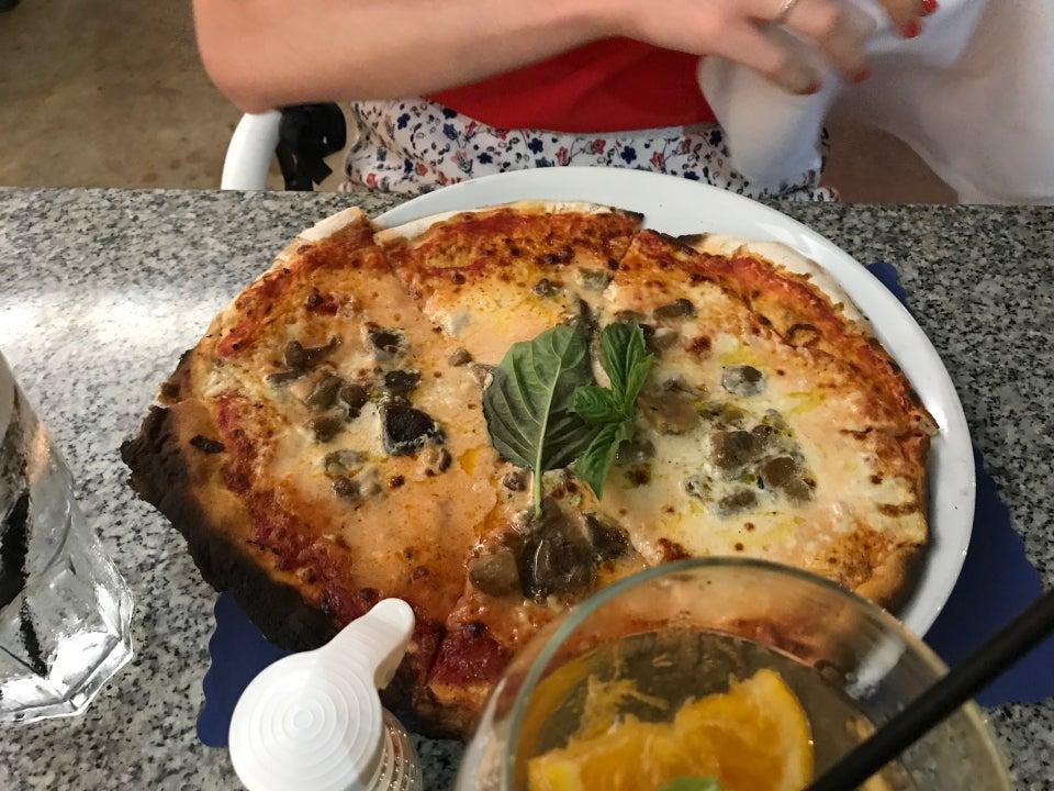 Photo of Spris Artisan Pizza
