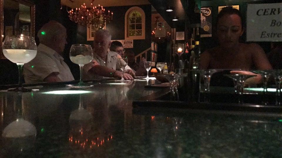 Photo of People Lounge