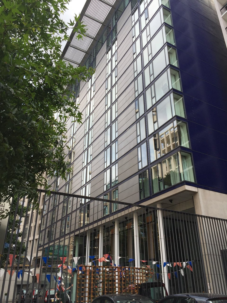 Photo of DoubleTree by Hilton Hotel London - Westminster