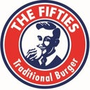 the-fifties-traditional-burger-manager-12674441