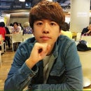 Kun Woo Park