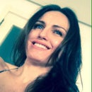 Debora Simone