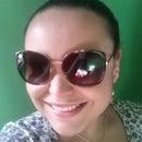 Cyntia Campos