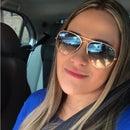 Debora Lyvia