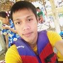 Kriangsak Raveesang