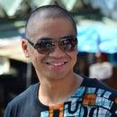 Macky Reyes