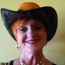 Lynda Paul