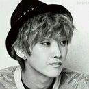 !! ✰ Jinyoung