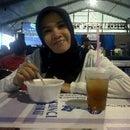 Dewi Mahyuddin