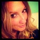 Ashley De Winter