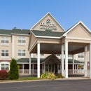 Country Inn & Suites Marquette, MI